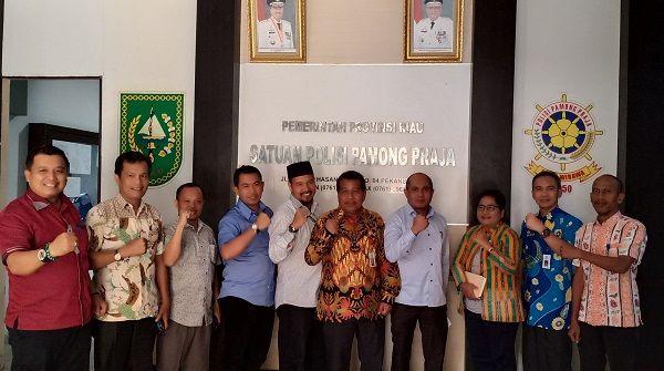 Kasatpol PP Provinsi Riau Menerima Kunjungan Komisi I DPRD Kabupaten Siak
