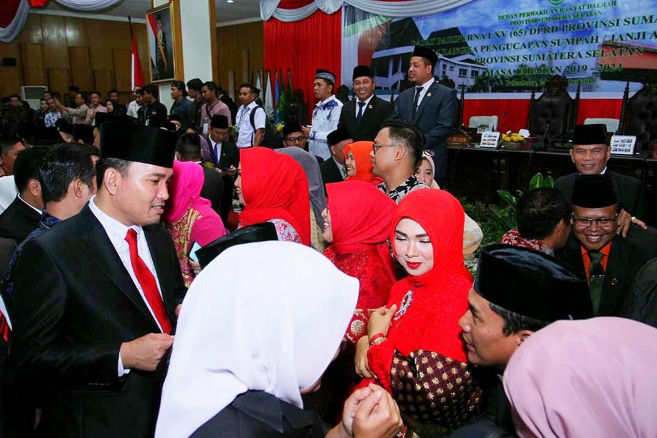 Wabup Muba Beni Hernedi Hadiri Pelantikan Anggota DPRD Sumsel