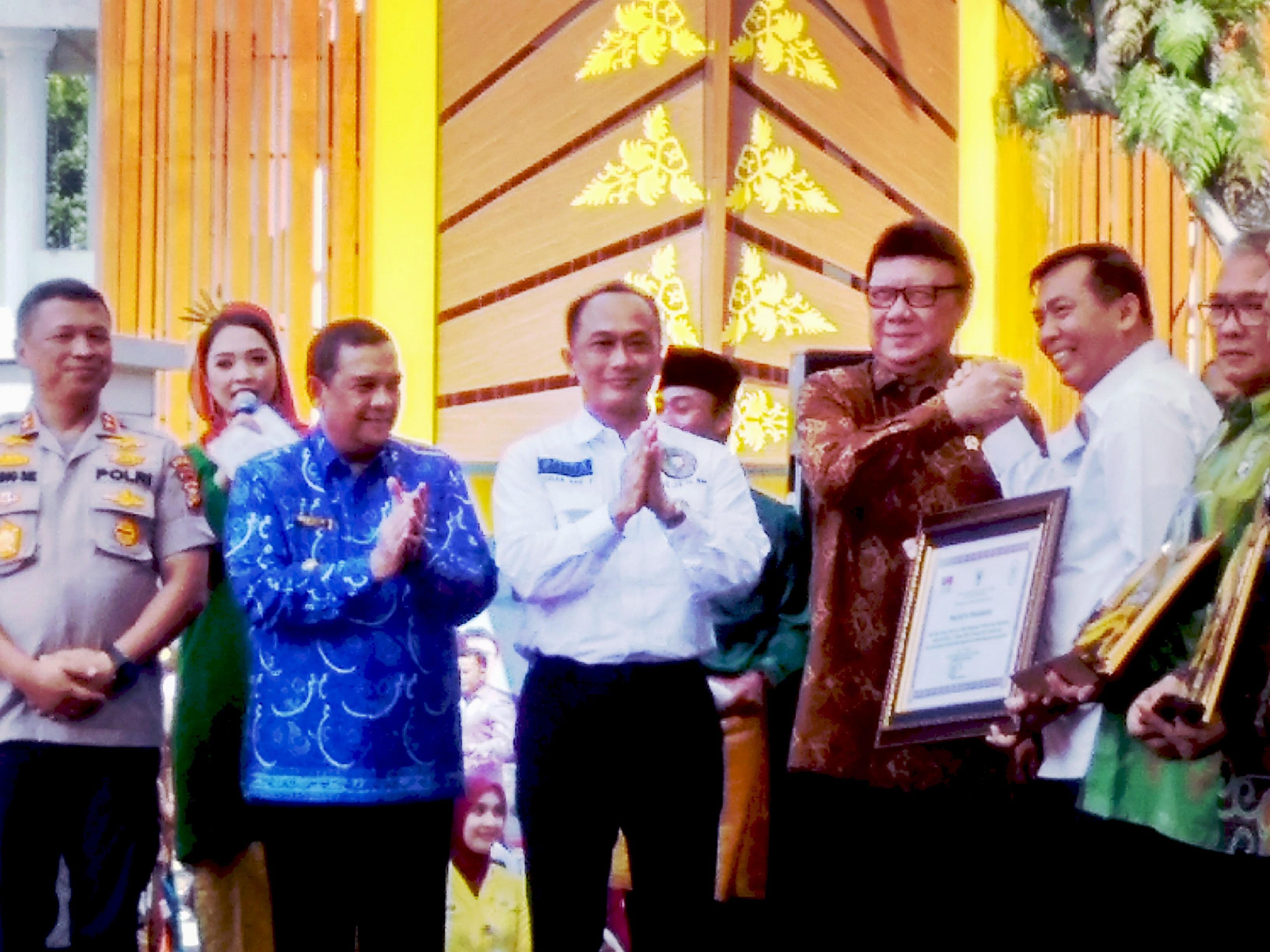 HUT 1 Mal Pelayanan Publik Pekanbaru Raih Penghargaan Prima dari MenPAN RB