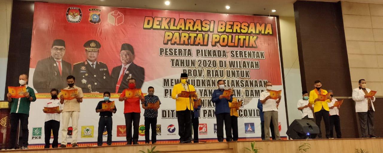 Bawaslu Riau, KPU dan Kapolda Gelar Deklarasi Bersama Partai Politik Untuk Wujudkan Pilkada Serentak Aman, Damai dan Kondusif Ditengah Pandemi Covid-19