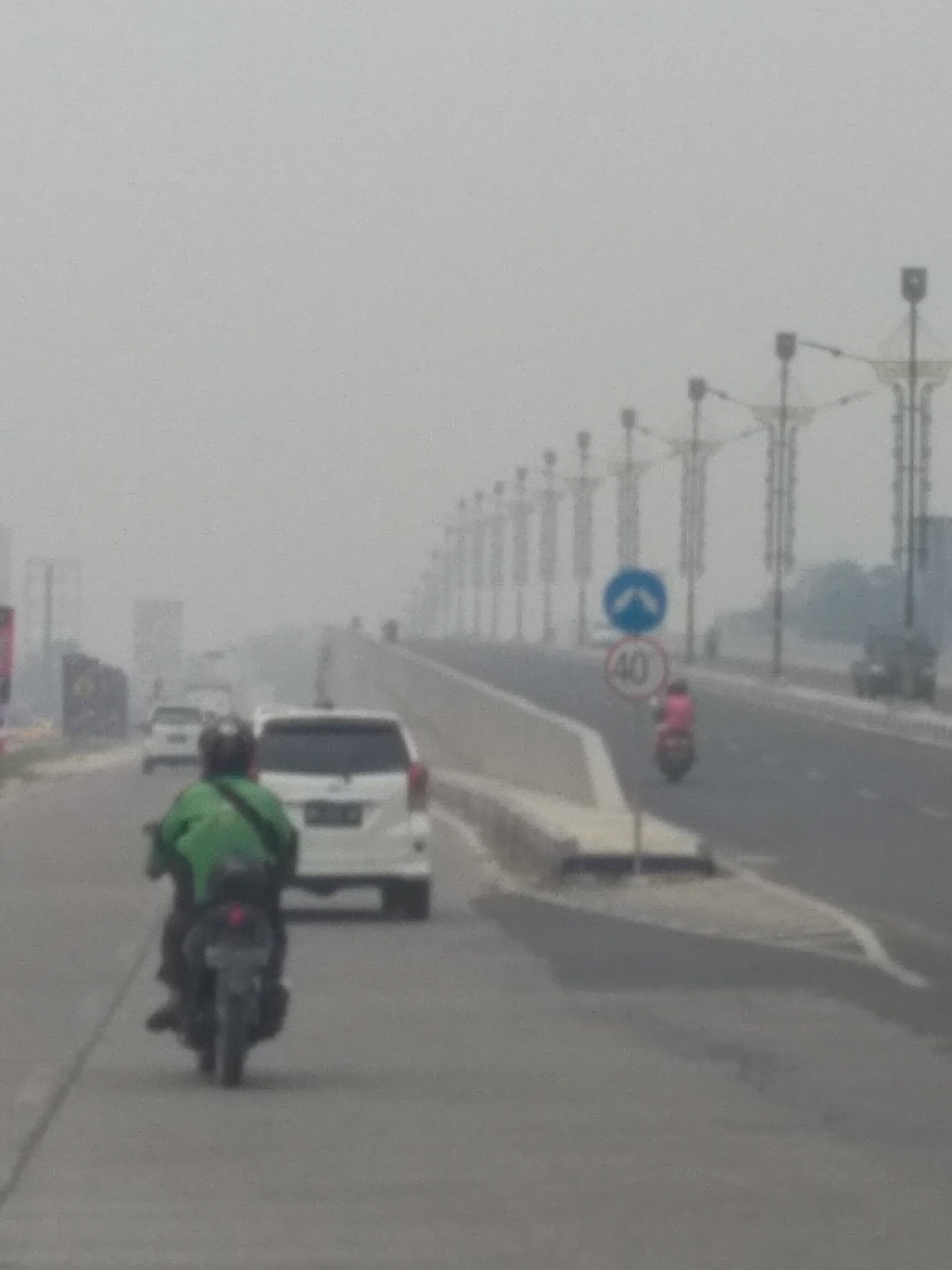 Kabut Asap Kian Pekat Beberapa Universitas Di Pekanbaru