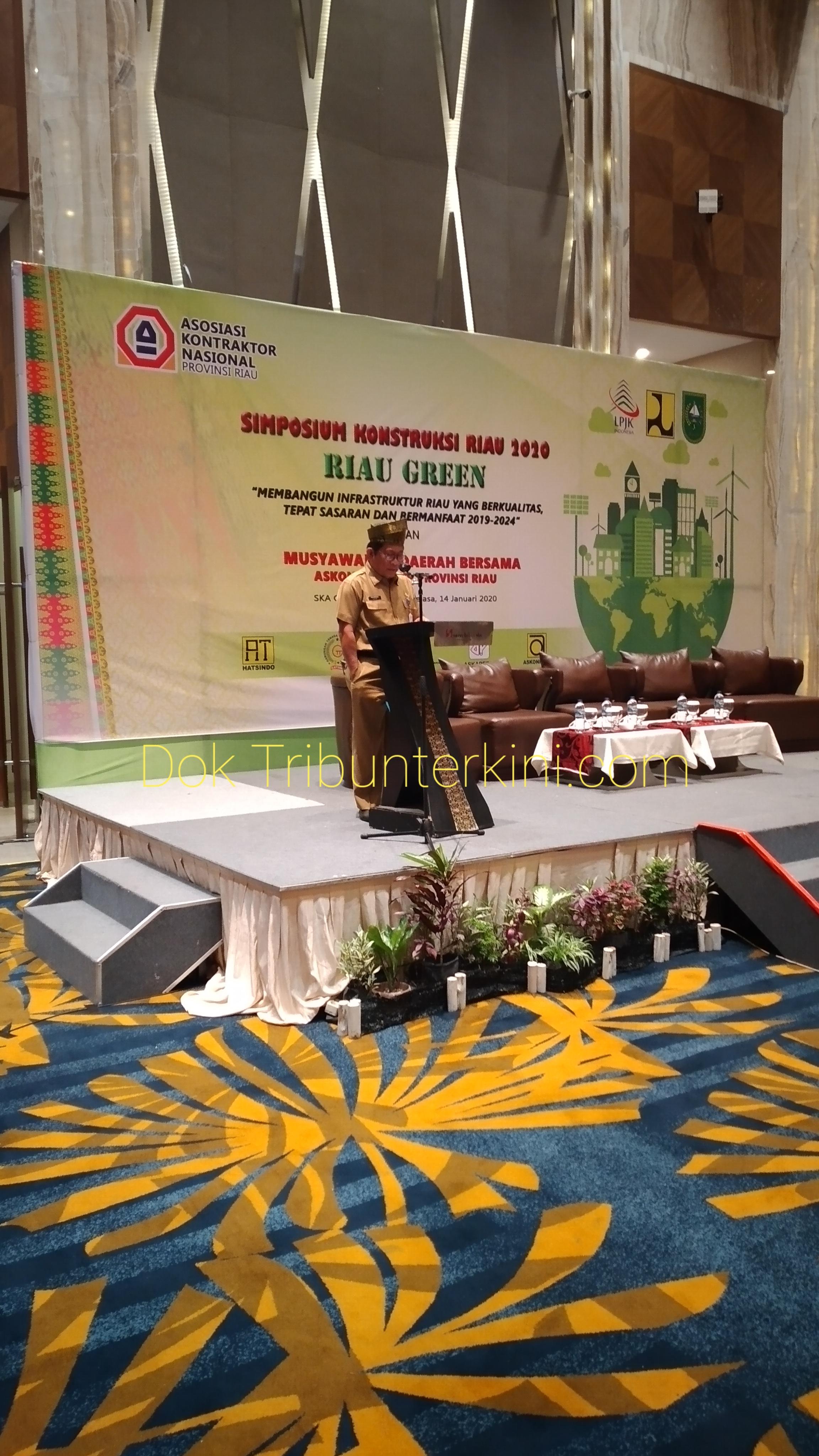 Dalam Pembukaan Acara Simposium Kontruksi Riau 2020, Sekdaprov Riau Memaparkan Sepuluh Prioritas Pembangunan Di Provinsi Riau