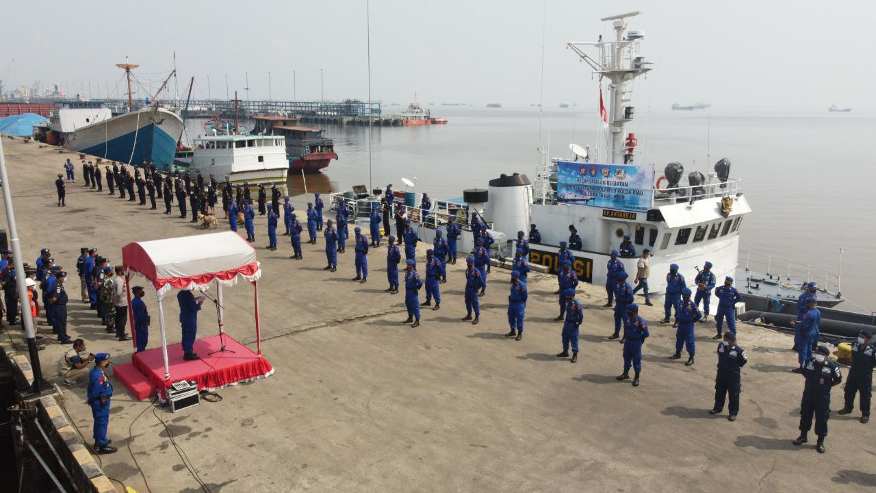 Gelar Patroli Sinergitas Bersama Bea Cukai dan KSOP Dumai, Dirpolair Polda Riau Ajak Masyarakat Disiplin