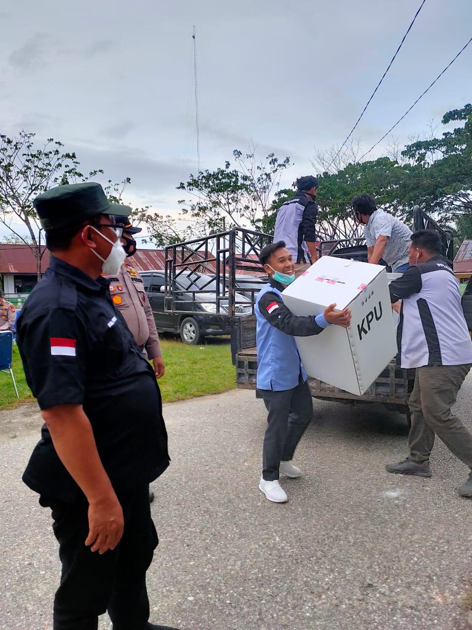 Sedikit Masalah, Bawaslu Apresiasi KPU Se-Provinsi Riau, Pelaksanaan Pilkada Tahun 2020 Berjalan Sukses, Aman dan Lancar