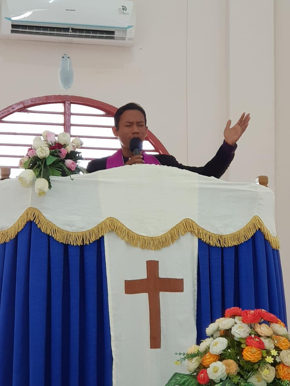 Kunjungan Presiden RI, Umat Kristiani TNI Lakukan Doa Bersama