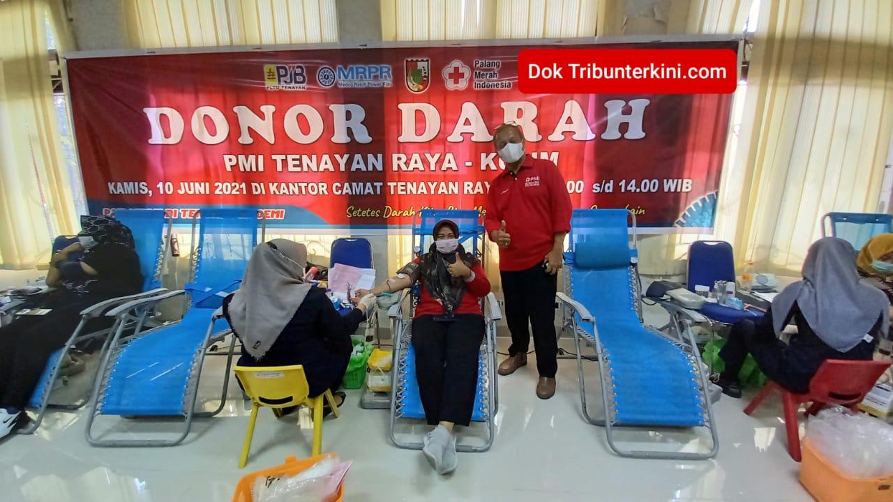 PMI Tenayan Raya dan Kulim Gelar Donor Darah, 'Setetes Darah Kita, Menyelamatkan Nyawa Orang Lain'