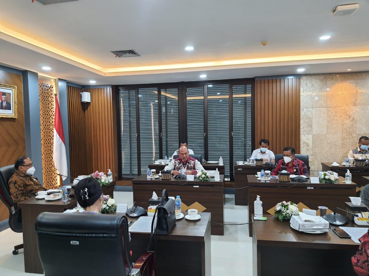 Bupati Taput Bahas UNTARA Dengan Dewan Pertimbangan Presiden RI