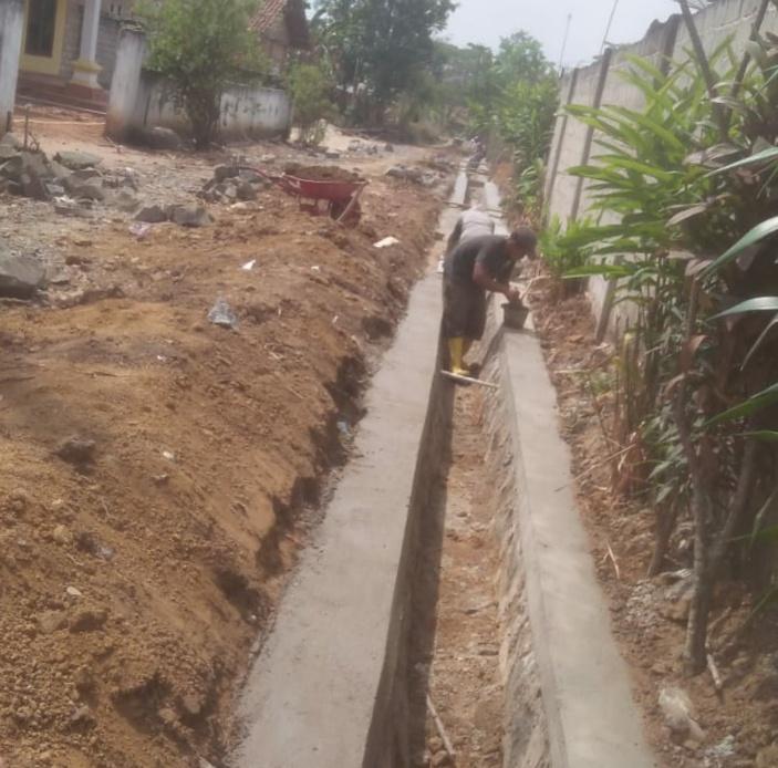 Berkat Dana Desa Tahap ke tiga, Pembangunan Tiyuh Bandar Dewa Tubaba Pesat