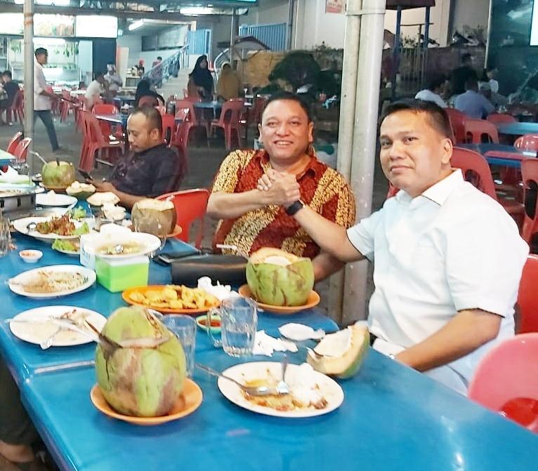 Politik Meja Makan KH Syafril Patoh dan Marmalom, Bincang Strategi Pemenangan