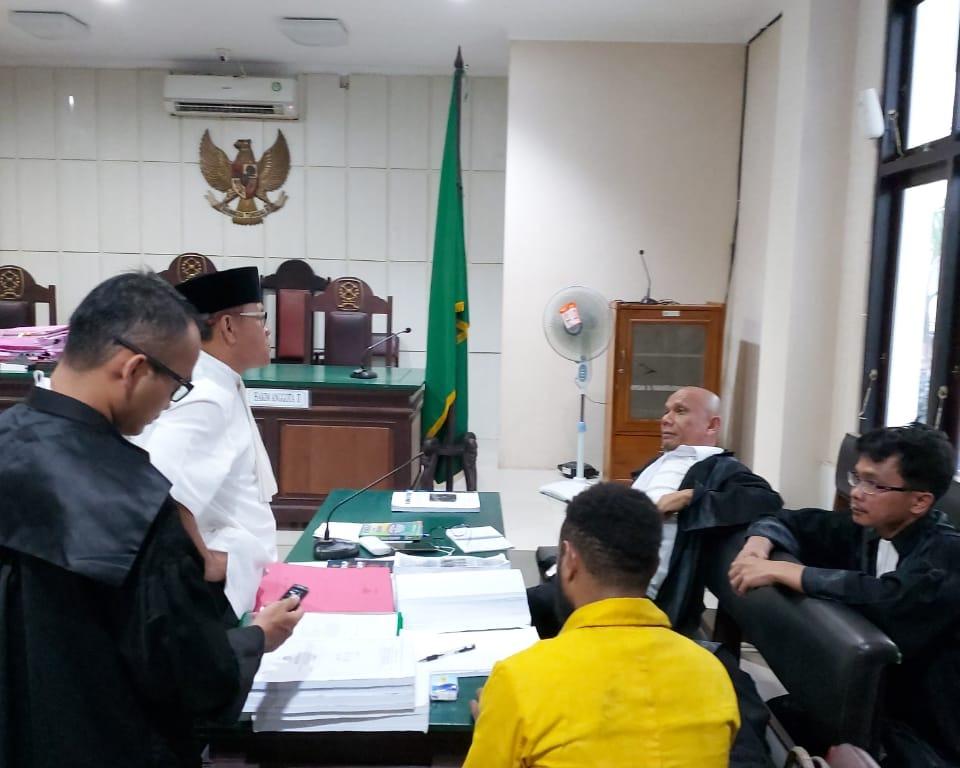 Keterangan Saksi Janggal, Tim Advokat Desak Majelis Hakim Agar Saksi Ditangkap