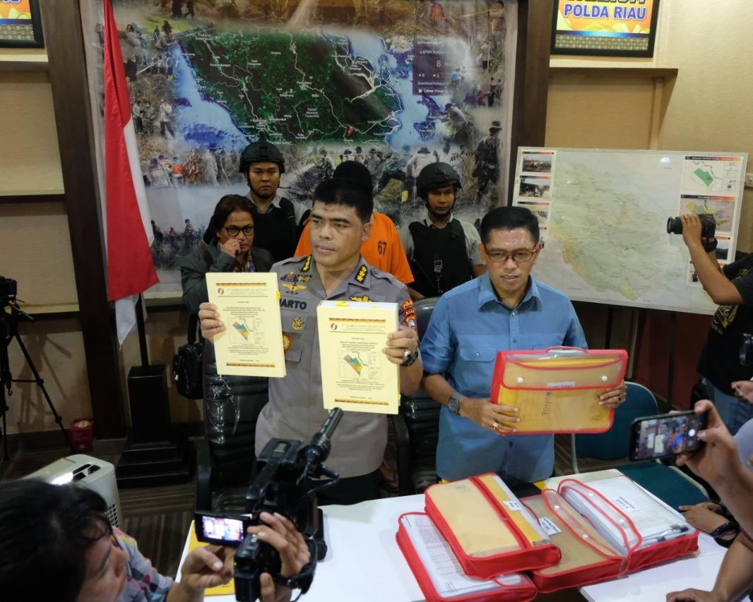 Penyidik Direskrimsus Polda Riau Tetapkan dan Tahan Dua Tersangka Korporasi PT SSS