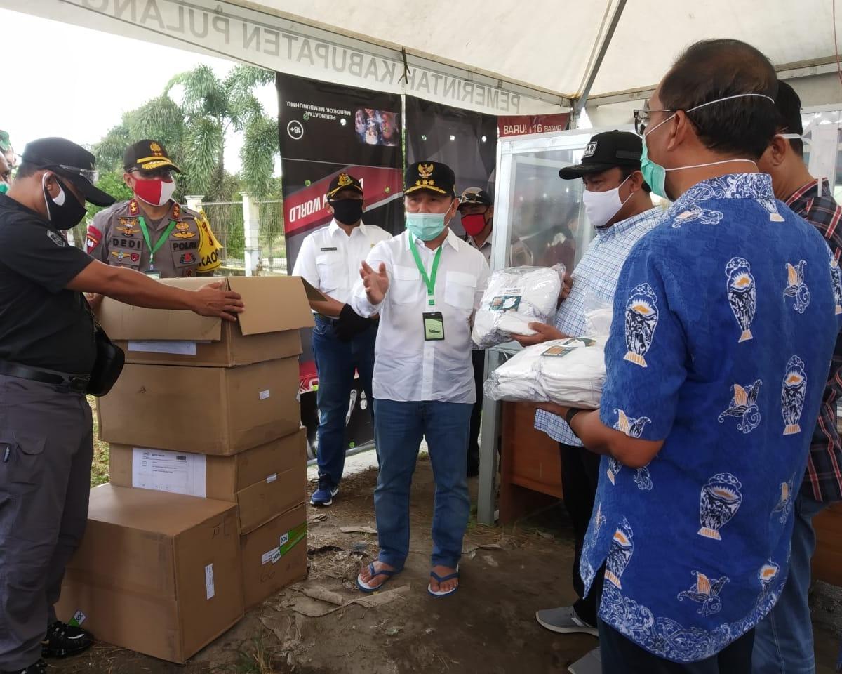 Gubernur Kalteng Serahkan Bantuan 5000 Pcs Masker di Pulang Pisau