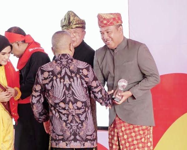 Bupati dan Wabup Tubaba Hadiri Acara Peringatan HPN 2020 dan Penyerahan Anugerah Kebudayaan PWI Pusat