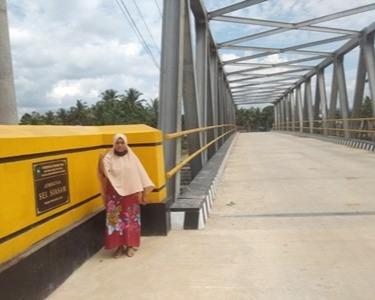 Jembatan Sei Siasam Selesai Dibangun, Kades dan Masyarakat  Rokan Timur Rohul Ucapkan Terima Kasih Kepada Gubernur Riau
