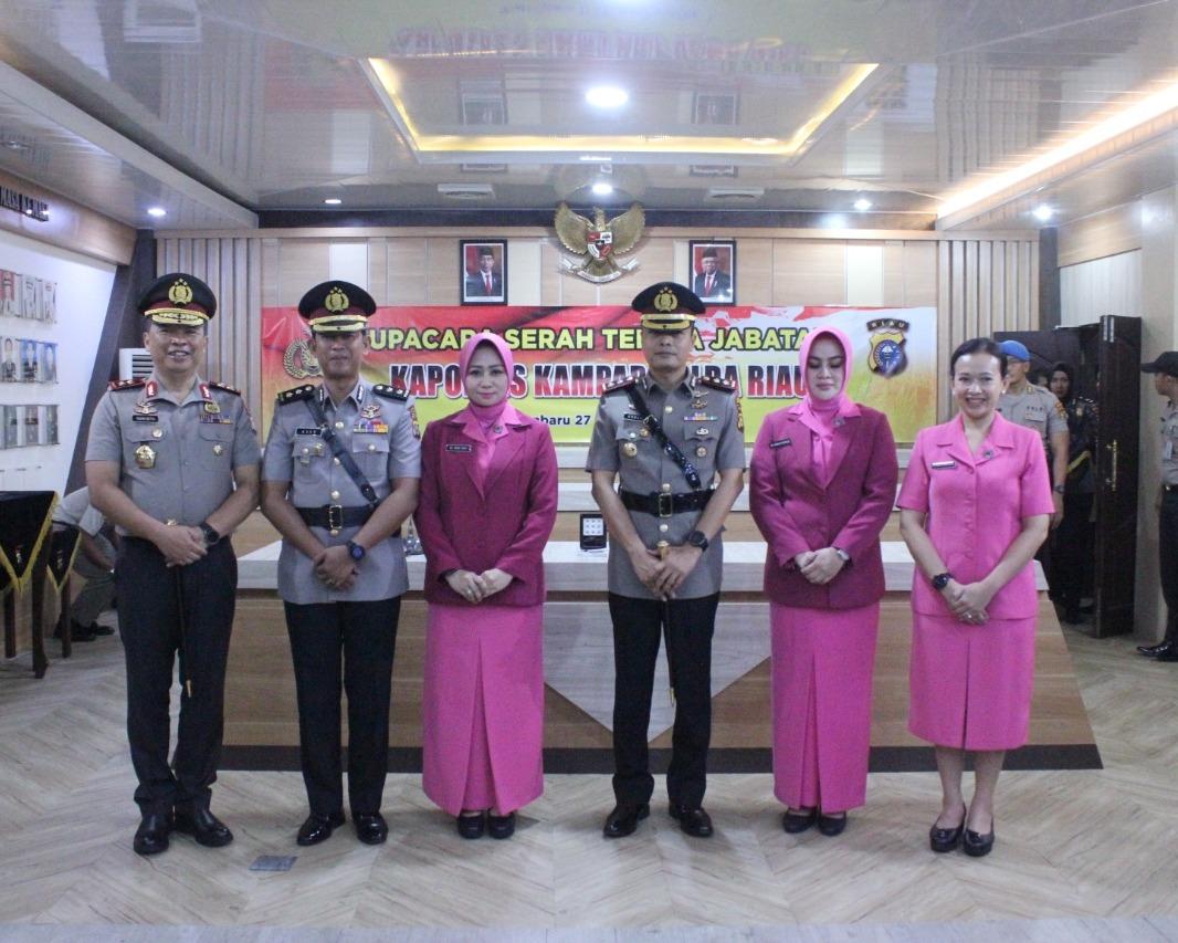 Kapolda Riau Pimpin Upacara Sertijab Kapolres Kampar