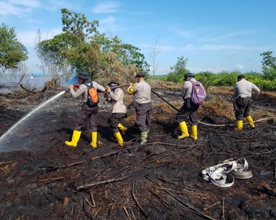 Kapolda Riau Akan Berikan Reward Pin Emas, Bagi Jajaran dan Warga Relawan Karhutla, Yang Berhasil dan Serius Tangani Karhutla di Provinsi Riau