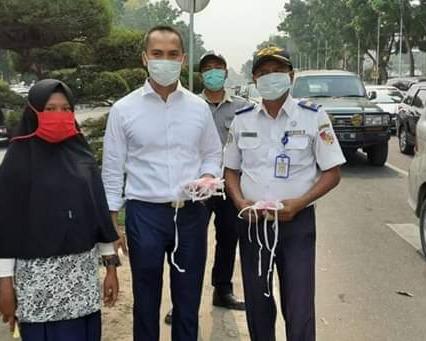 Dishub Kota Pekanbaru Membagikan Ribuan Masker, Dalam Memperingati Harhubnas Tahun 2019