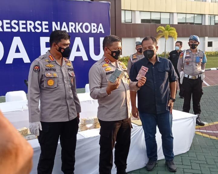 Kapolda Riau: Konsistensi Kami Menjadi Kunci Dalam Memberantas Peredaran dan Menangkap Para Pelaku Narkoba