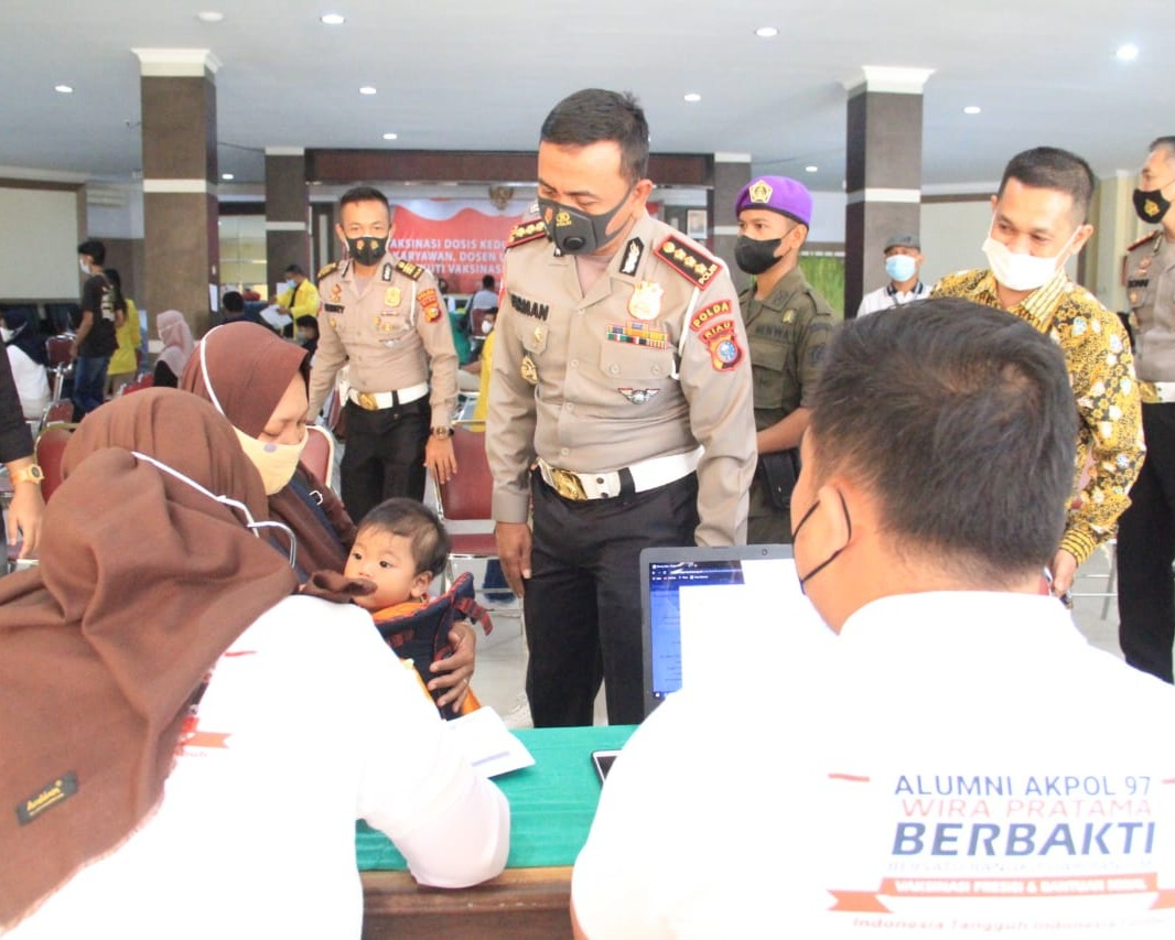 Alumni Akpol Angkatan 97 Wira Pratama Gelar Kegiatan Vaksinasi Massal dan Bakti Sosial