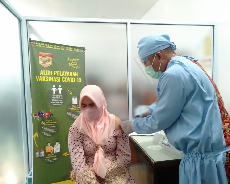 Vaksinasi Massal Kodim 0301/PBR, Targetkan 1100 Orang
